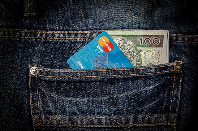 Protecting Your Self Against Online Credit Card Fraud
